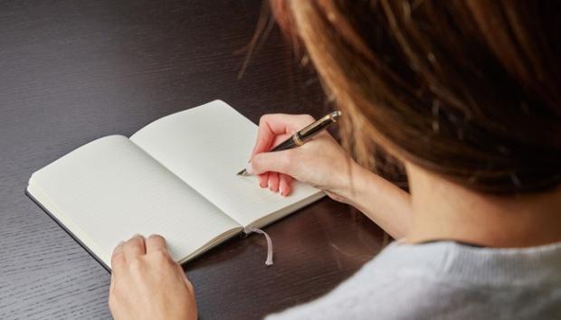 Contoh Surat Pengunduran Diri Kerja Dari Perusahaan Menggunakan Bahasa Inggris
