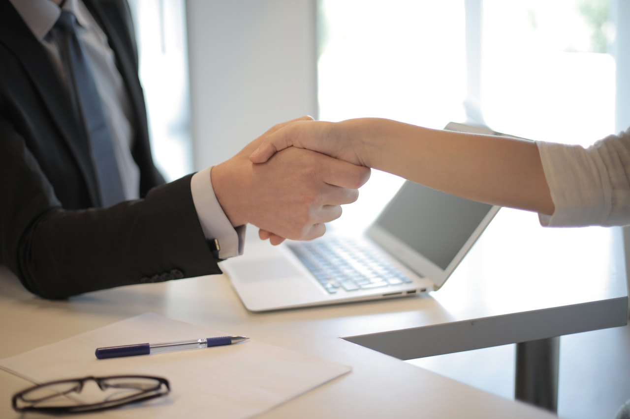 Bagaimana Cara Mengirim Email Lamaran Kerja dan CV untuk Memikat HRD?