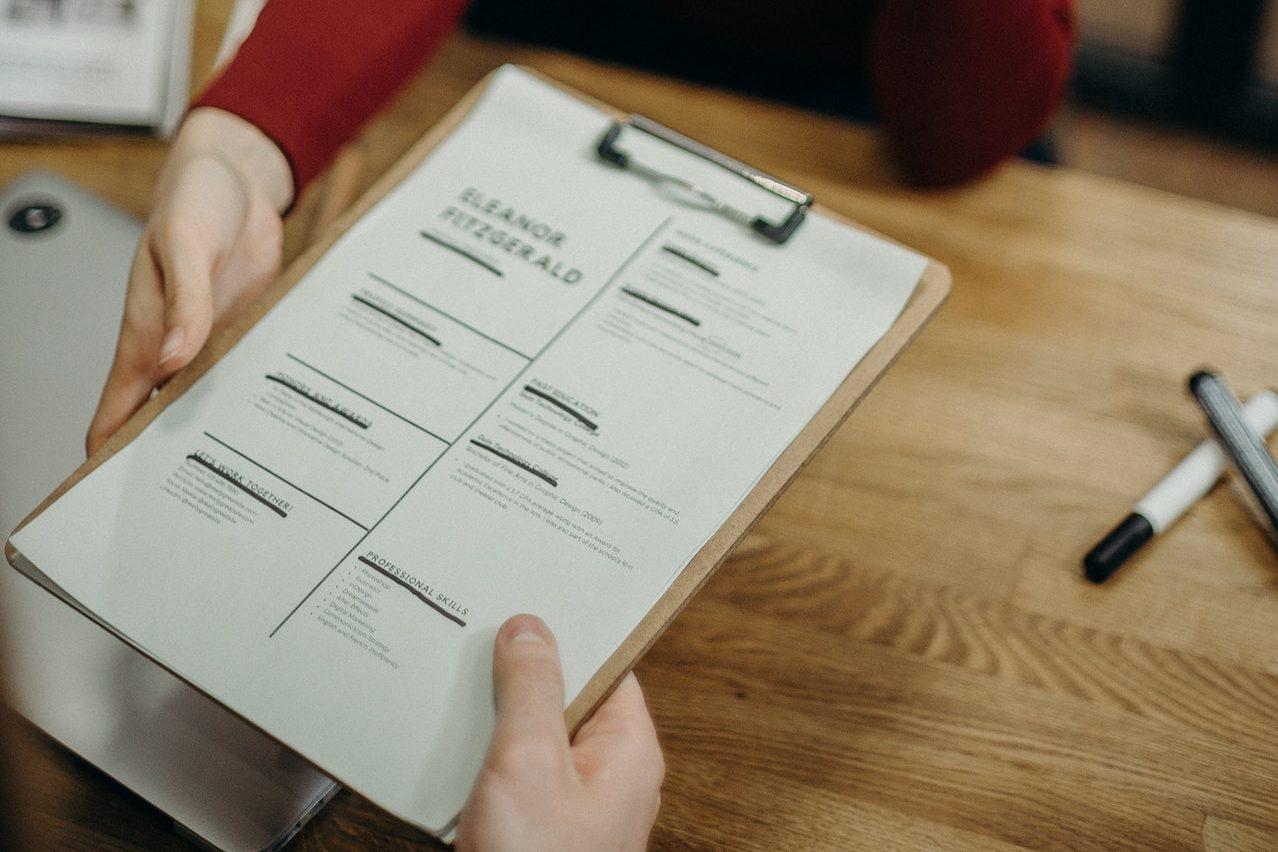 7+ Contoh CV Menarik dan Kreatif Agar Dilirik HRD