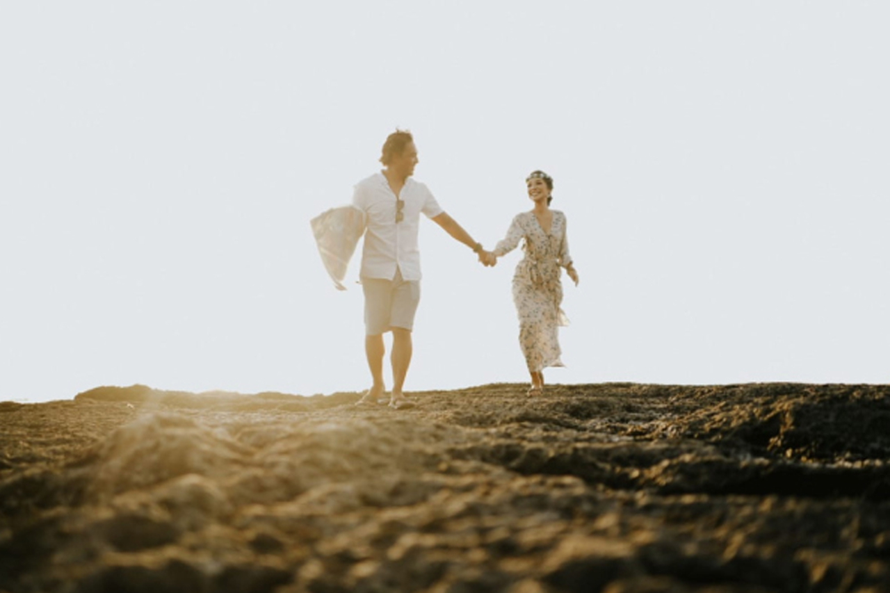 Mapan Dulu Baru Menikah atau Sebaliknya?
