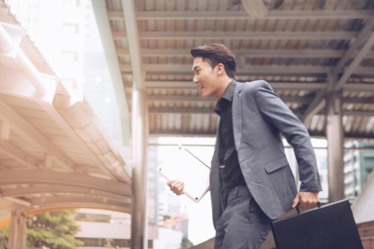 Template CV Fresh Graduate Yang Bikin Lolos ATS